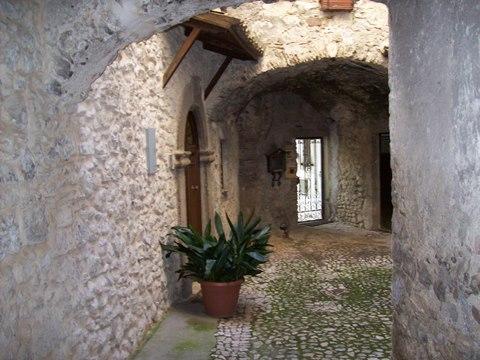 Veroli centro storico immobile in ottimo stato