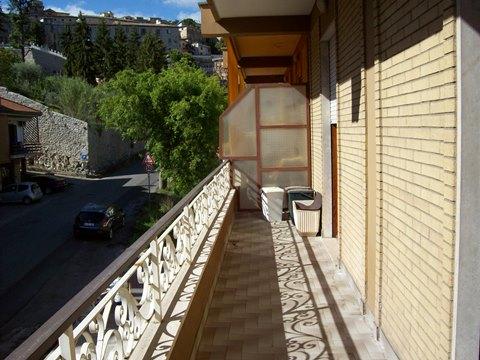 Veroli, appartamento primo piano molto ampio