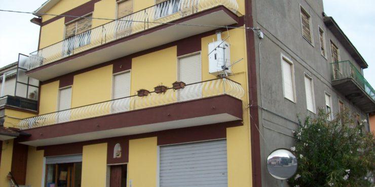 Boville appartamento piano secondo