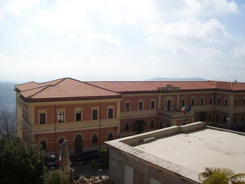 Veroli, appartamento in buono stato,posizione panoramica ed assolata